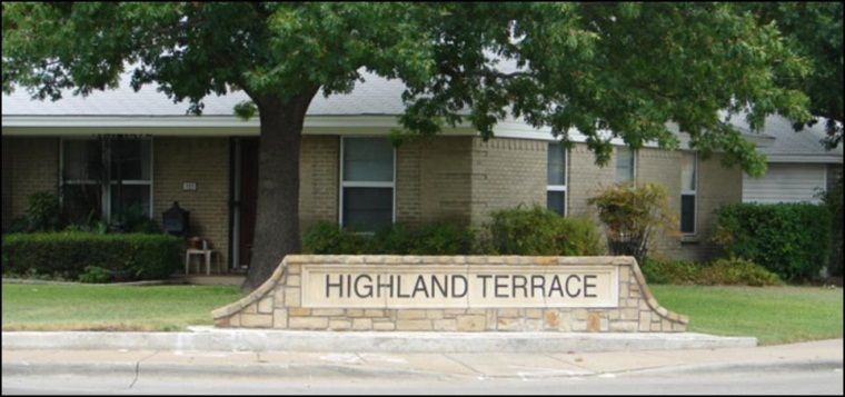 Highland Terrace Entry
