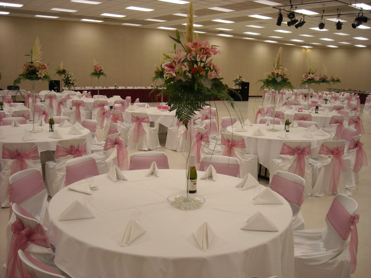 Grand Hall Pink Decor 1